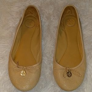 TORY BURCH Charm Embroidered Ballet Flats